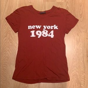 Brandy Melville 'New York 1984' Maroon T-shirt Top